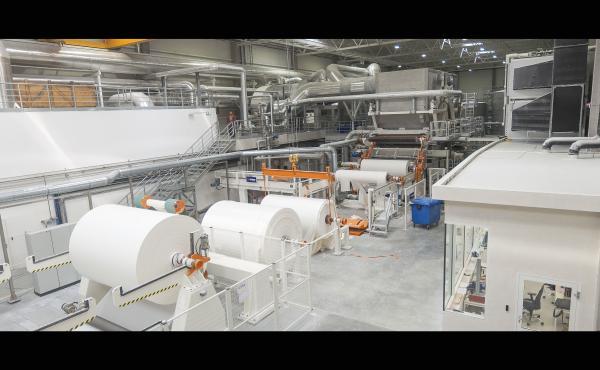 Dwuletni Timelapse z budowy papierni w Iławie